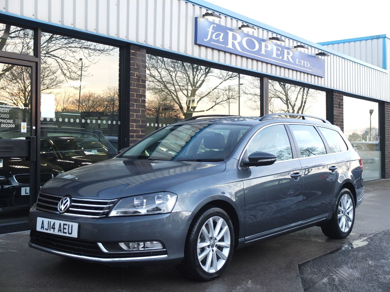 Volkswagen Passat 2.0 TDI Bluemotion Tech Executive Estate Estate Diesel Island Grey MetallicVolkswagen Passat 2.0 TDI Bluemotion Tech Executive Estate Estate Diesel Island Grey Metallic at fa Roper Ltd Bradford