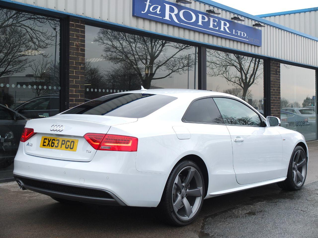 Audi A5 2.0 TDI 177 ps Black Edition Coupe Multitronic +++Spec Coupe Diesel Glacier White Metallic