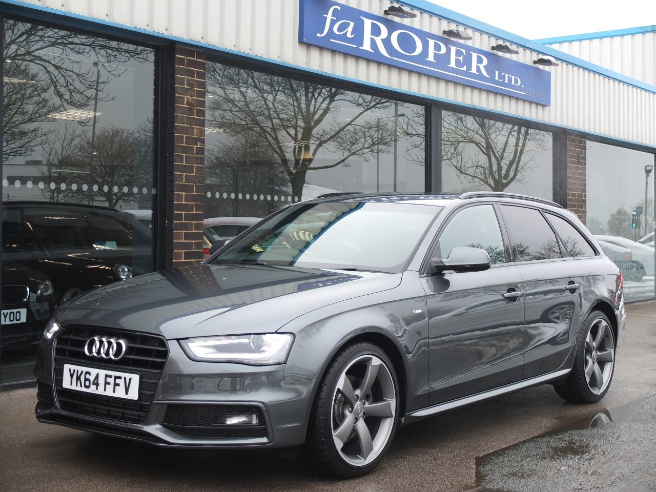 Audi A4 Avant 2.0 TDI 150 ps Black Edition Multitronic +++Spec Estate Diesel GreyAudi A4 Avant 2.0 TDI 150 ps Black Edition Multitronic +++Spec Estate Diesel Grey at fa Roper Ltd Bradford