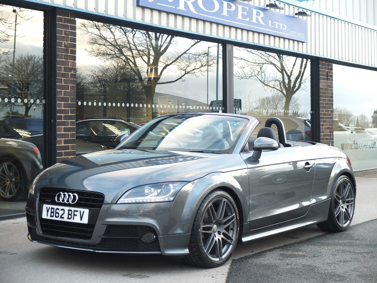 Audi TT Roadster 2.0 TDI 170 ps quattro Black Edition Convertible Diesel Daytona Grey MetallicAudi TT Roadster 2.0 TDI 170 ps quattro Black Edition Convertible Diesel Daytona Grey Metallic at fa Roper Ltd Bradford