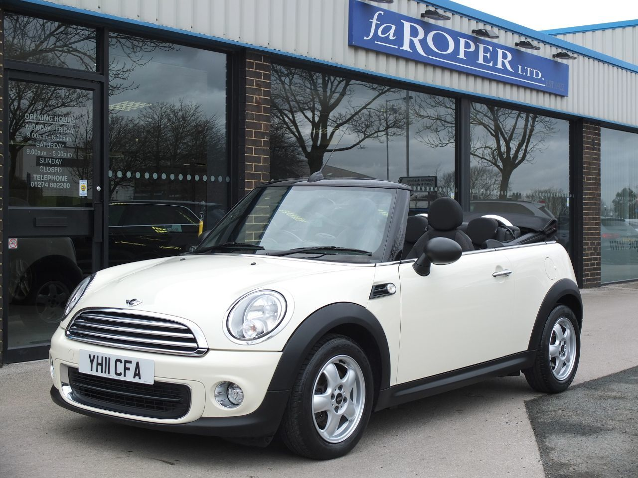 Mini Convertible 1.6 One Convertible Pepper Pack Convertible Petrol Pepper WhiteMini Convertible 1.6 One Convertible Pepper Pack Convertible Petrol Pepper White at fa Roper Ltd Bradford