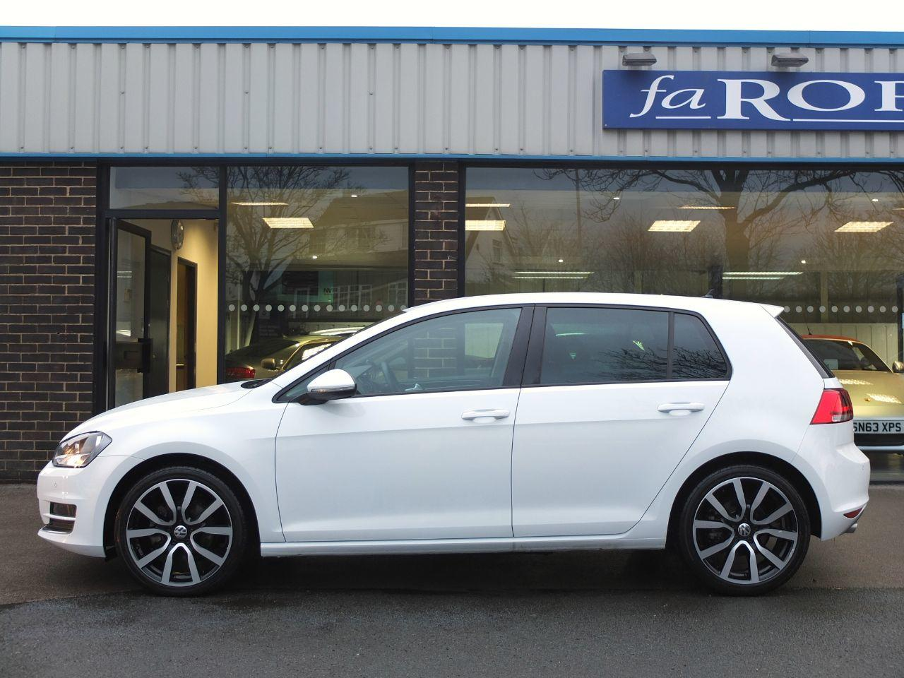 Volkswagen Golf 2.0 TDI GT 5 door 150ps DSG Hatchback Diesel Pure White