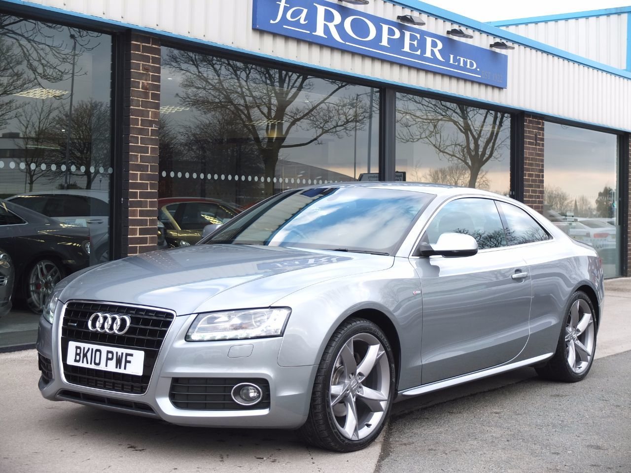 Audi A5 3.0 TDI quattro S Line Special Edition Coupe ++Spec Coupe Diesel Quartz Grey MetallicAudi A5 3.0 TDI quattro S Line Special Edition Coupe ++Spec Coupe Diesel Quartz Grey Metallic at fa Roper Ltd Bradford