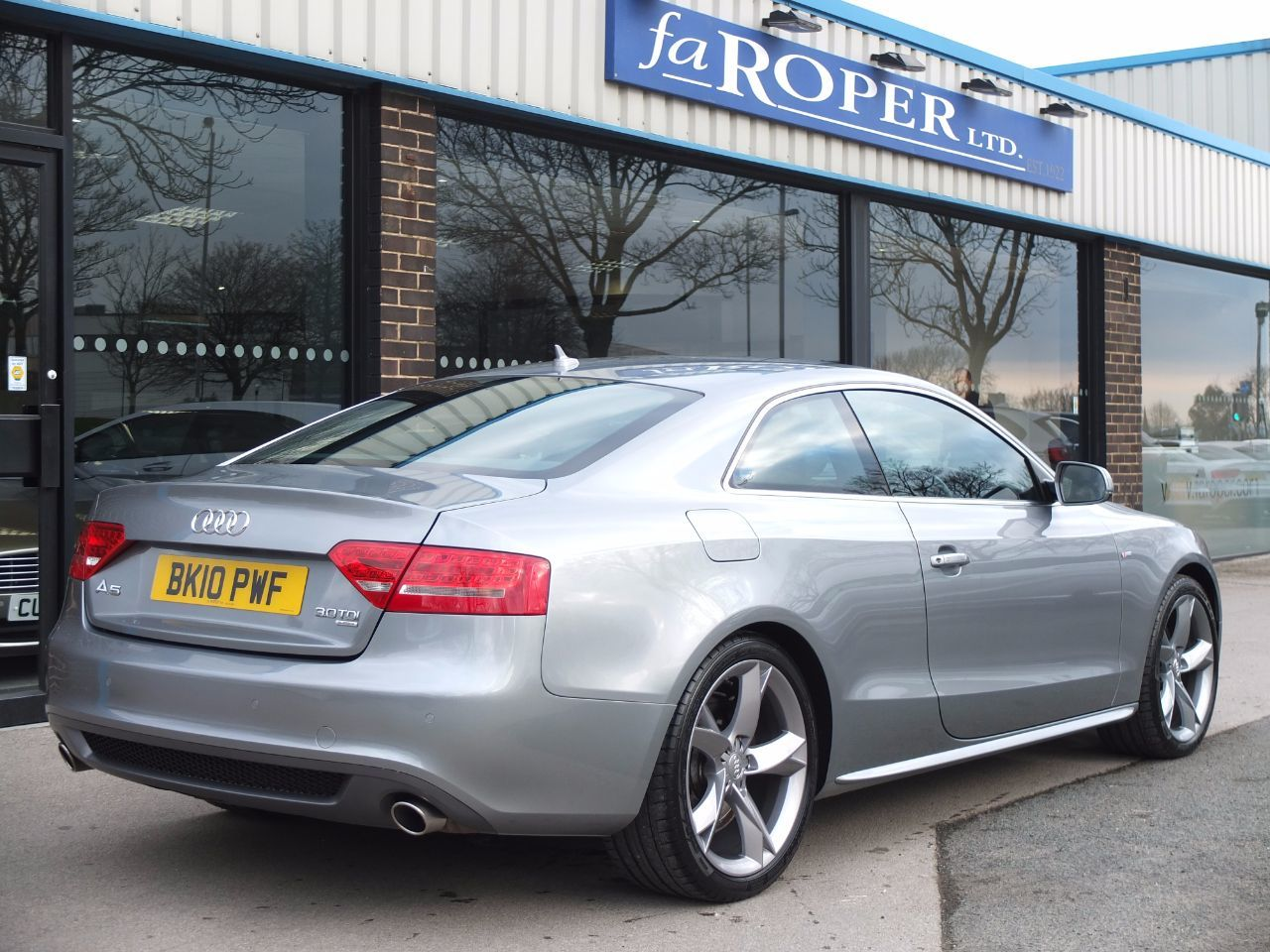 used audi a5 3 0 tdi quattro s line special edition coupe spec for sale in bradford west. Black Bedroom Furniture Sets. Home Design Ideas
