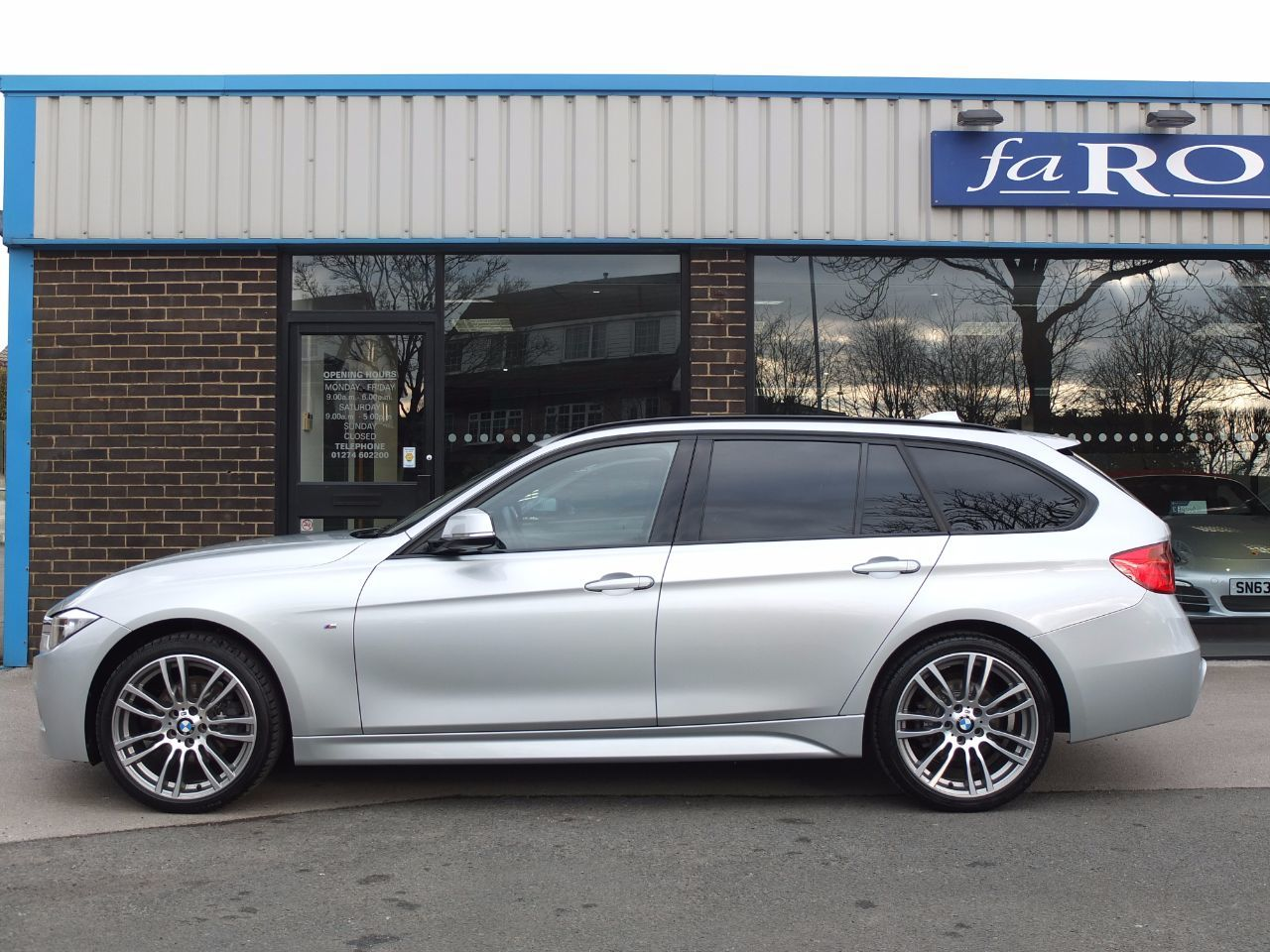 second hand bmw 3 series 320d xdrive m sport touring auto. Black Bedroom Furniture Sets. Home Design Ideas