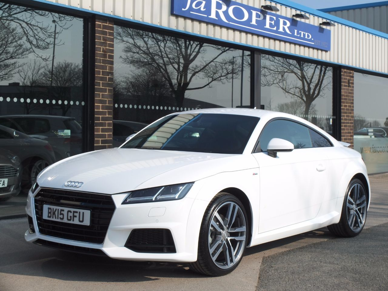 Audi TT 2.0 TDI ultra S Line Coupe 184ps Coupe Diesel Ibis WhiteAudi TT 2.0 TDI ultra S Line Coupe 184ps Coupe Diesel Ibis White at fa Roper Ltd Bradford