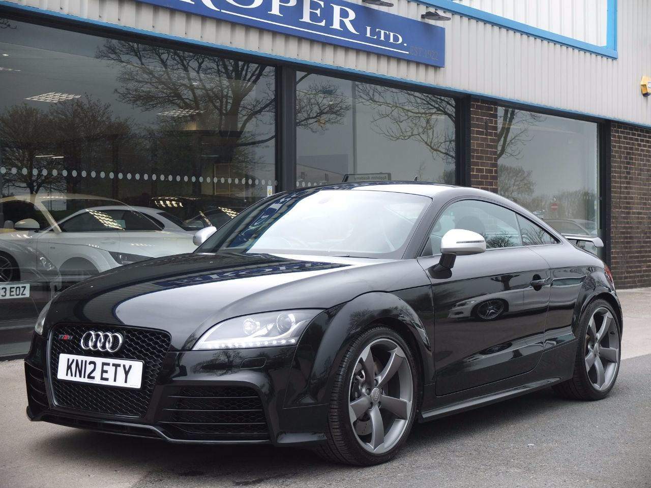 Audi TT RS 2.5T FSI quattro Coupe S Tronic 340ps Coupe Petrol Phantom Black MetallicAudi TT RS 2.5T FSI quattro Coupe S Tronic 340ps Coupe Petrol Phantom Black Metallic at fa Roper Ltd Bradford