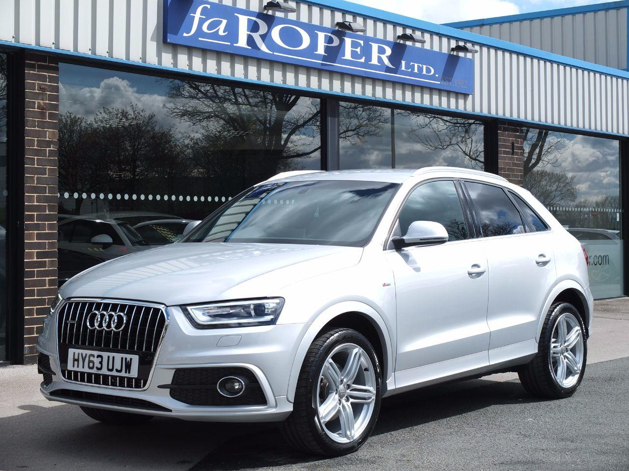 Audi Q3 2.0 TDI quattro S Line 140ps +++Spec Estate Diesel Ice Silver MetallicAudi Q3 2.0 TDI quattro S Line 140ps +++Spec Estate Diesel Ice Silver Metallic at fa Roper Ltd Bradford