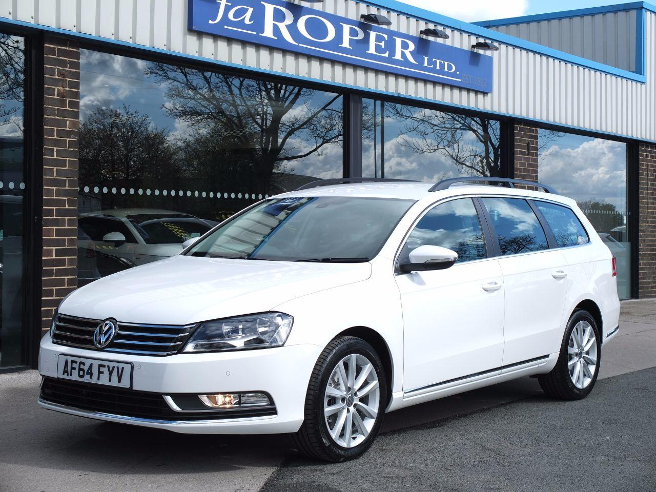 Volkswagen Passat 2.0 TDI Bluemotion Tech Executive Estate 140 ps Estate Diesel Pure White