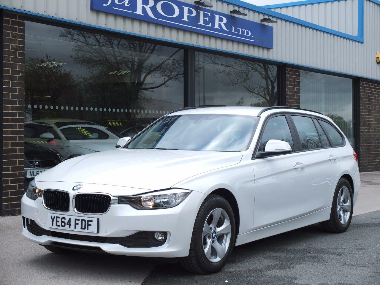 BMW 3 Series 2.0 320d EfficientDynamics Touring Auto Media Pack Estate Diesel Mineral White MetallicBMW 3 Series 2.0 320d EfficientDynamics Touring Auto Media Pack Estate Diesel Mineral White Metallic at fa Roper Ltd Bradford