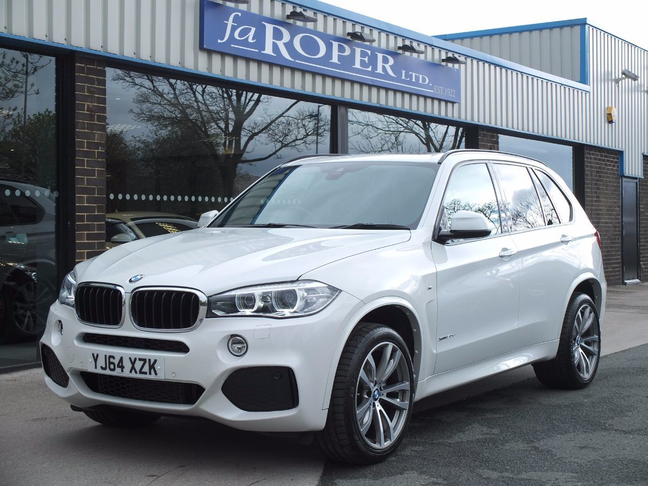 second hand bmw x5 xdrive30d m sport auto 7 seat pan roof spec for sale in bradford west. Black Bedroom Furniture Sets. Home Design Ideas