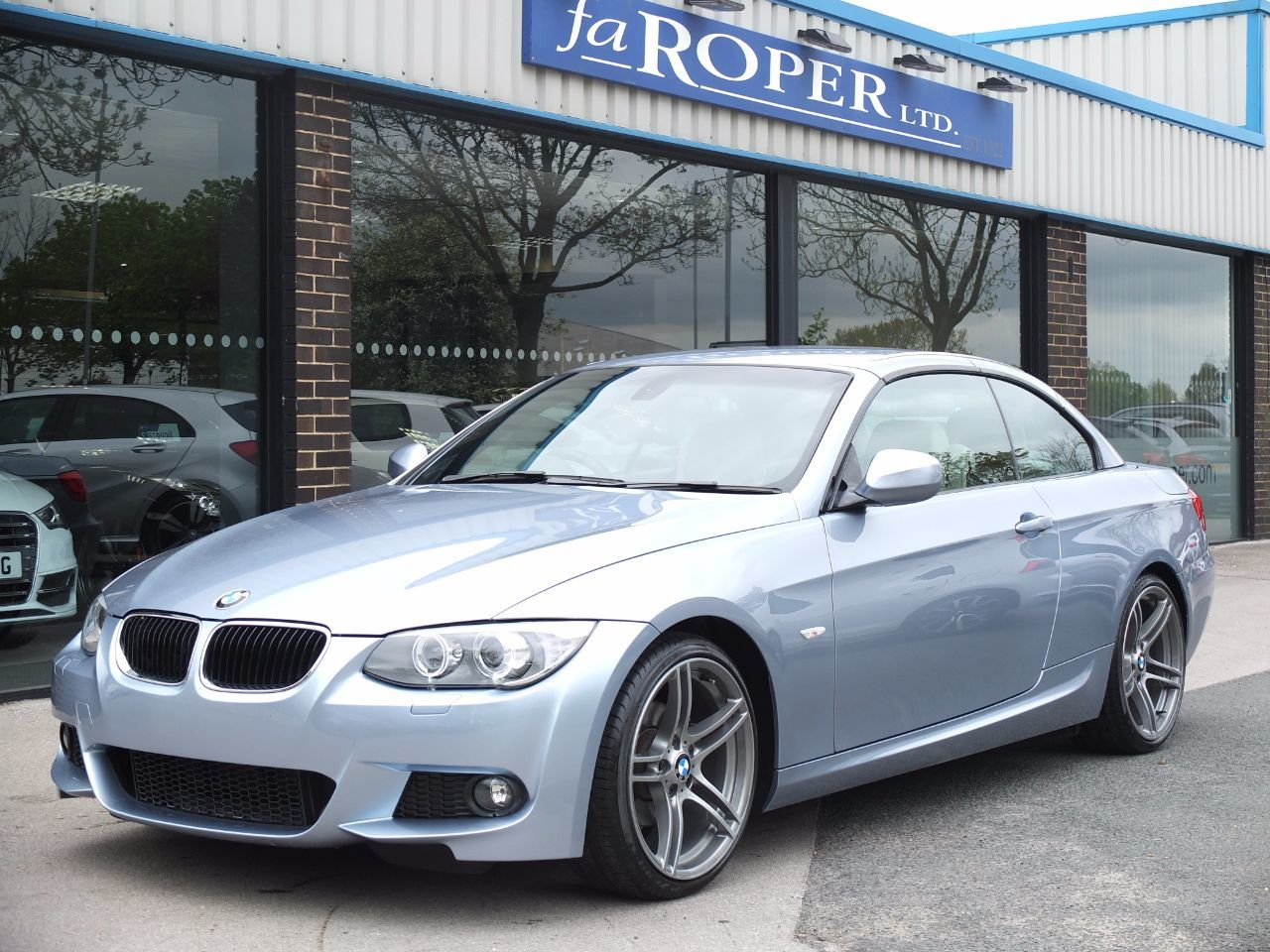 BMW 3 Series 2.0 320i M Sport Convertible Auto (1428 miles) Convertible Petrol Bluewater Metallic