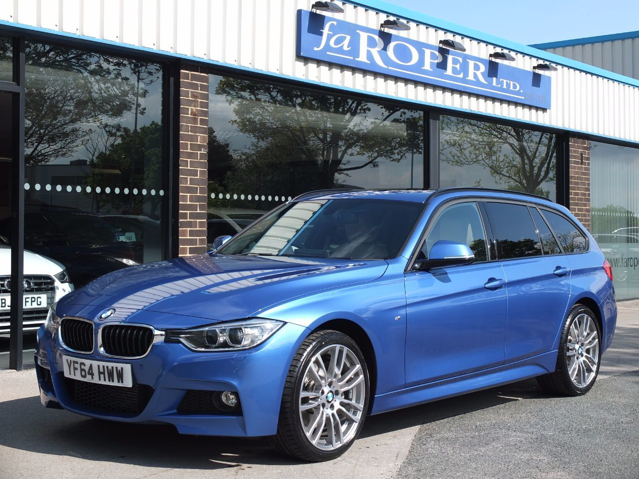BMW 3 Series 3.0 335d xDrive M Sport Touring Auto ++++Spec Estate Diesel Estoril Blue MetallicBMW 3 Series 3.0 335d xDrive M Sport Touring Auto ++++Spec Estate Diesel Estoril Blue Metallic at fa Roper Ltd Bradford