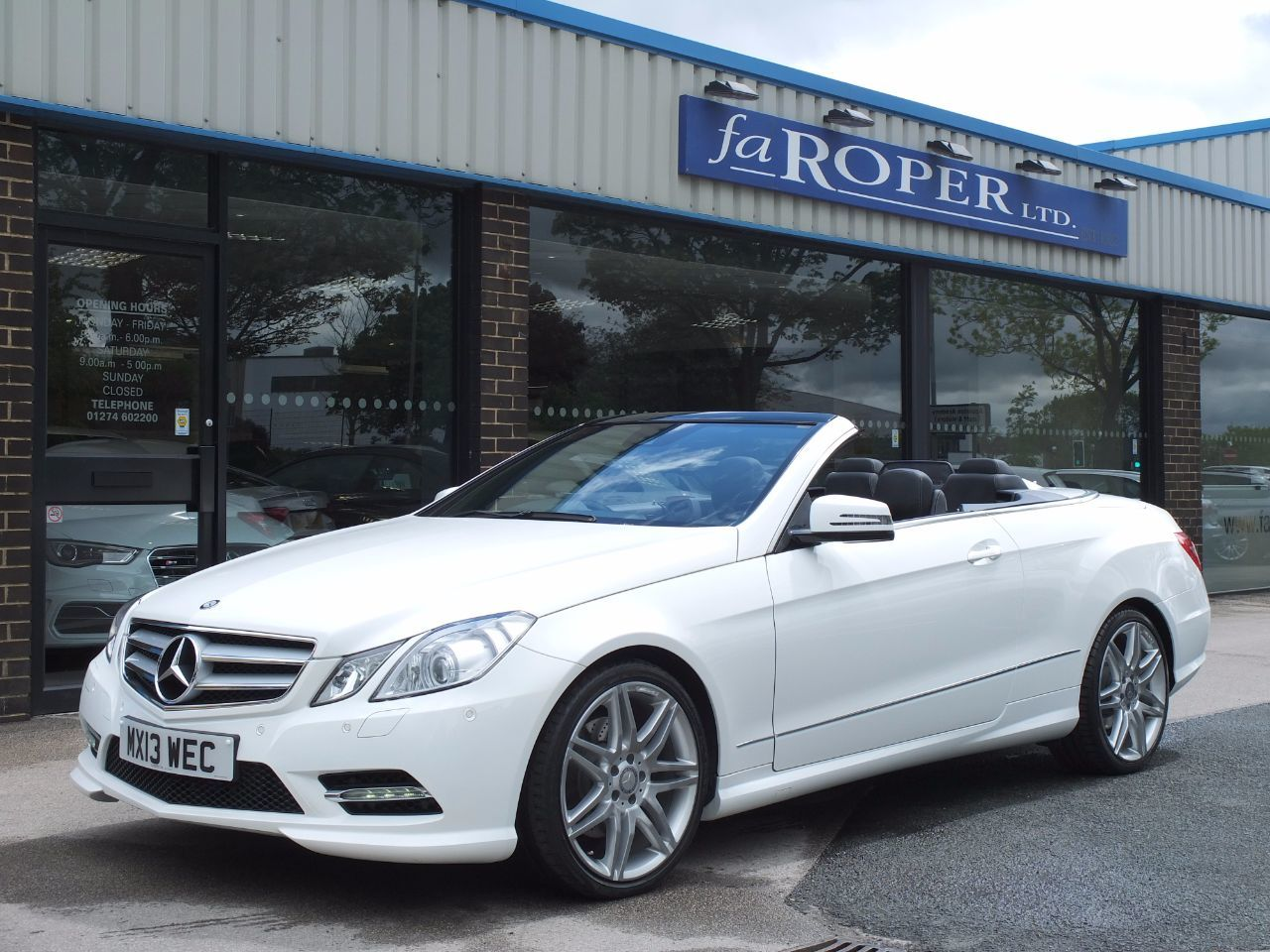Mercedes-Benz E Class 3.0 E350 CDI BlueEFFICIENCY [265] Sport Convertible Auto +++Spec Convertible Diesel Polar WhiteMercedes-Benz E Class 3.0 E350 CDI BlueEFFICIENCY [265] Sport Convertible Auto +++Spec Convertible Diesel Polar White at fa Roper Ltd Bradford