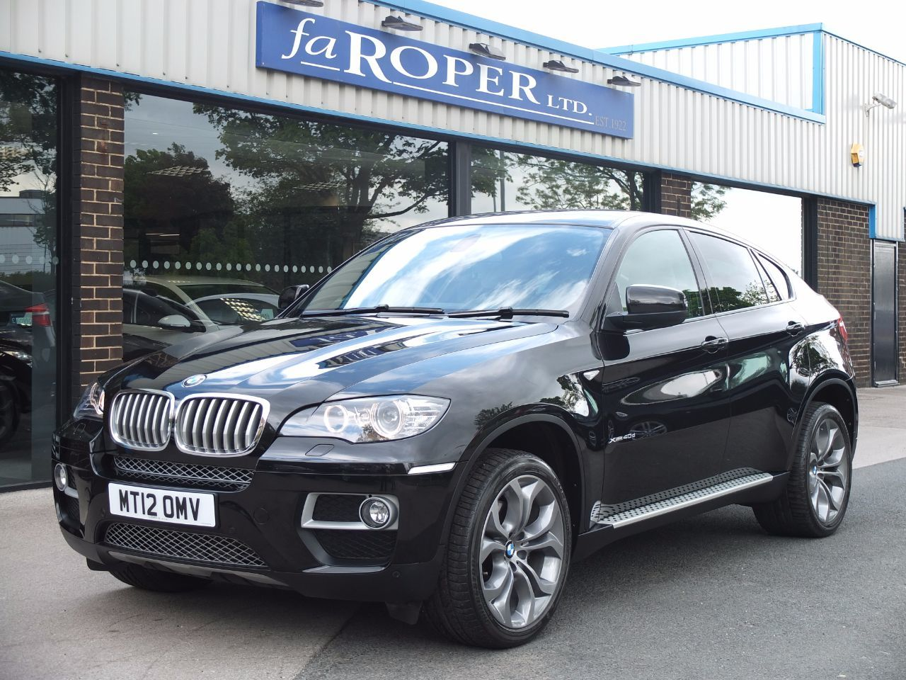 BMW X6 3.0 xDrive40d Dynamic Auto, Media Pack +++Spec Coupe Diesel Black Sapphire MetallicBMW X6 3.0 xDrive40d Dynamic Auto, Media Pack +++Spec Coupe Diesel Black Sapphire Metallic at fa Roper Ltd Bradford
