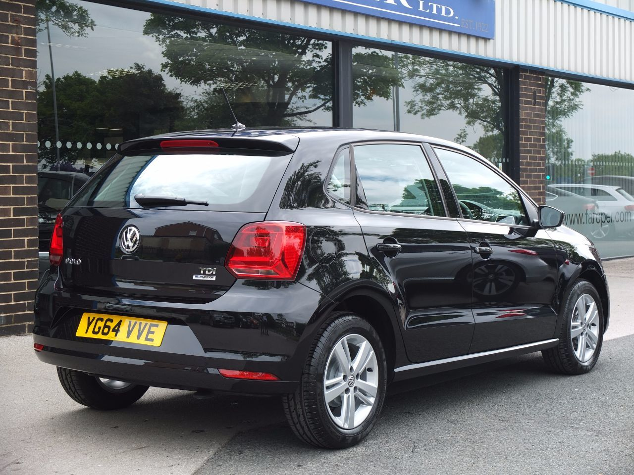 Volkswagen Polo 1.4 TDI Bluemotion Tech SE 5 door Facelift Hatchback Diesel Deep Black Metallic