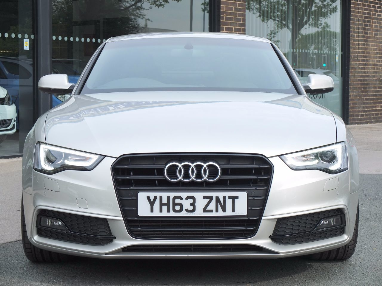 Audi A5 2.0 TDI 177 ps Black Edition Coupe Multitronic +++Spec Coupe Diesel Cuvee Silver Metallic
