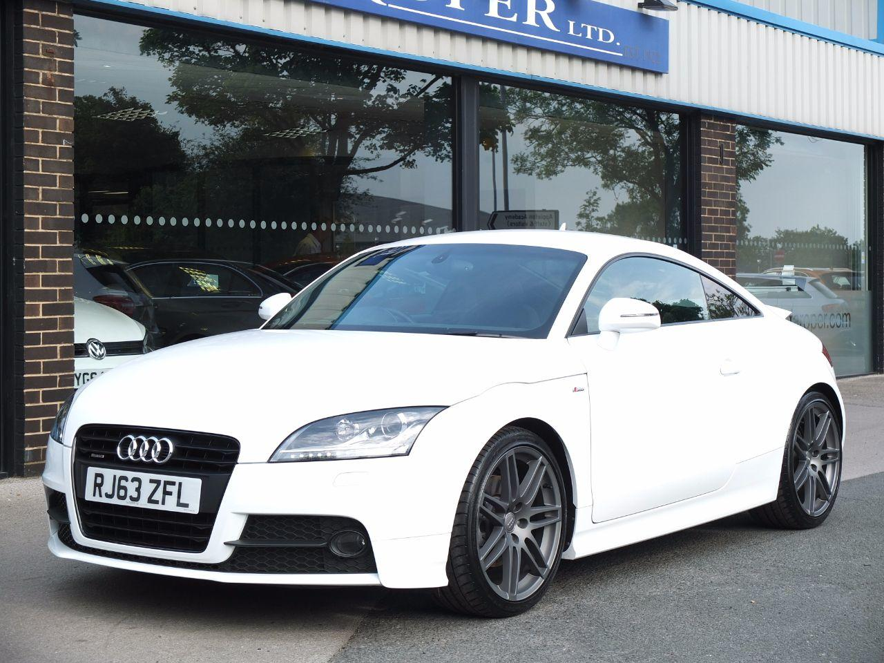 Audi TT Coupe 2.0 TDI quattro Black Edition +++Spec Coupe Diesel Ibis WhiteAudi TT Coupe 2.0 TDI quattro Black Edition +++Spec Coupe Diesel Ibis White at fa Roper Ltd Bradford