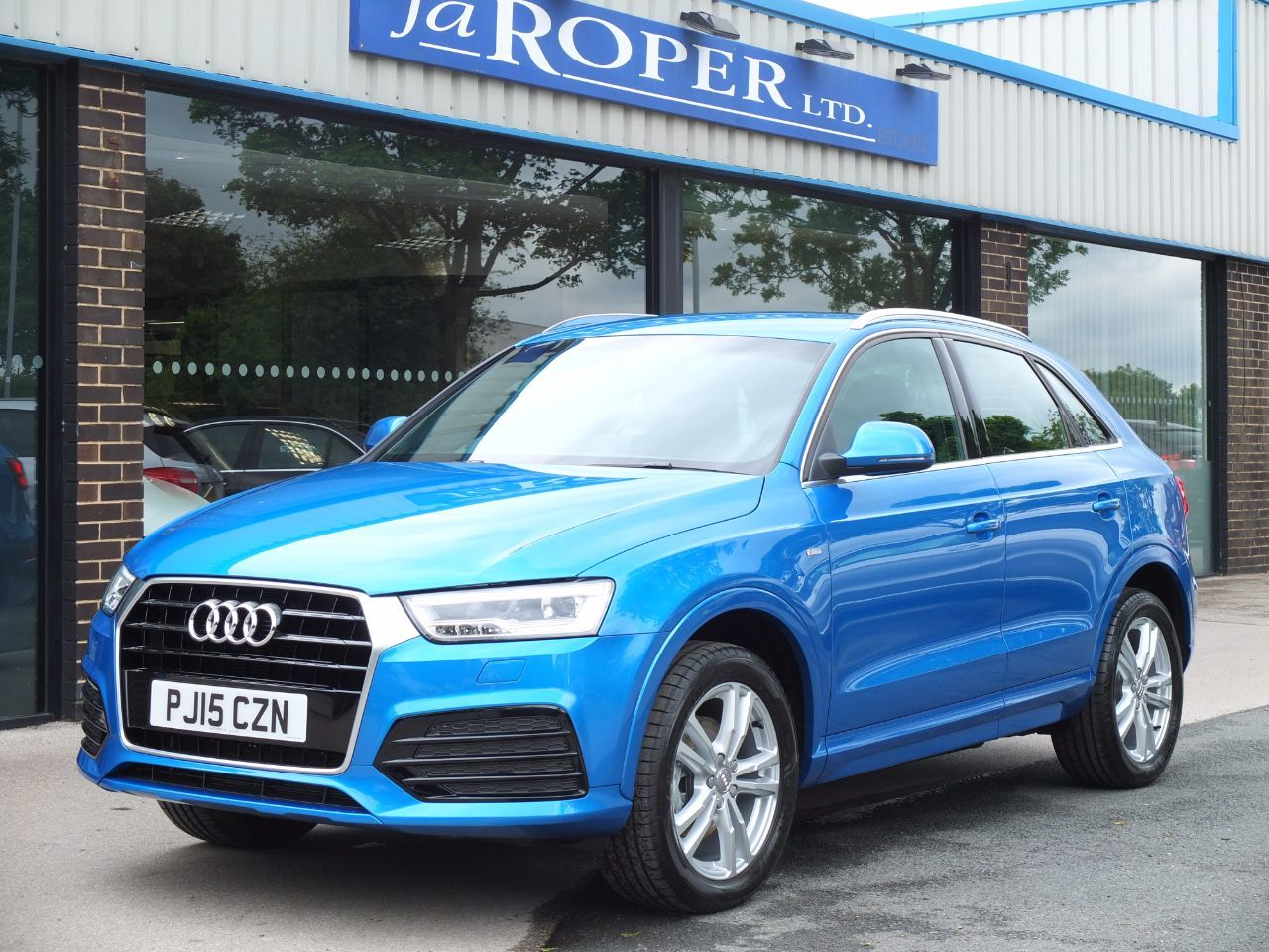 Audi Q3 1.4T FSI S Line Cylinder On Demand S Tronic ++Spec Estate Petrol Hainan Blue MetallicAudi Q3 1.4T FSI S Line Cylinder On Demand S Tronic ++Spec Estate Petrol Hainan Blue Metallic at fa Roper Ltd Bradford