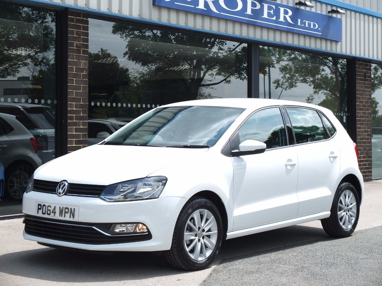 second hand volkswagen polo 1 4 tdi bluemotion tech se 5. Black Bedroom Furniture Sets. Home Design Ideas