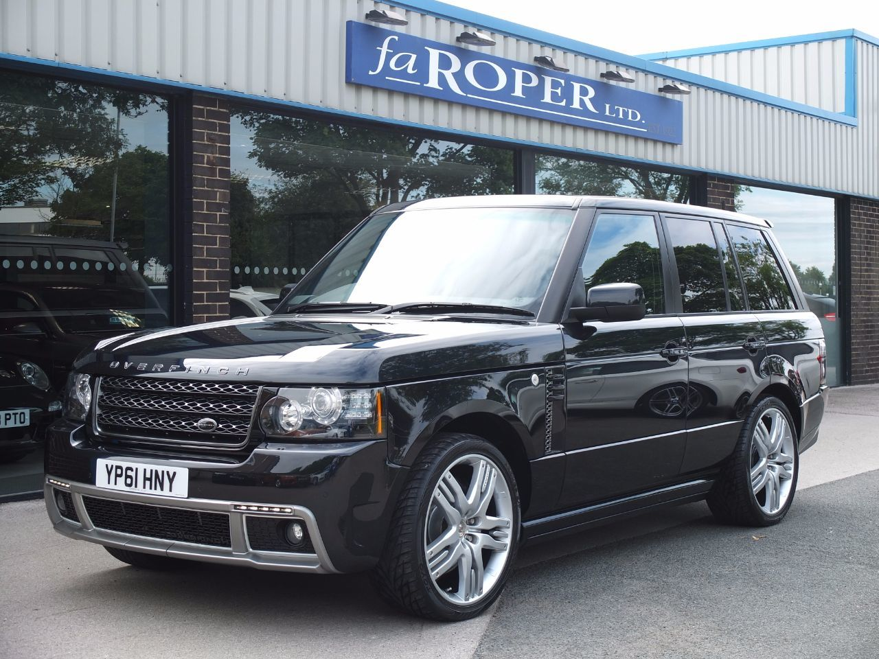 Land Rover Range Rover 4.4 TDV8 Vogue OVERFINCH GT AERO Estate Diesel Santorini Black MetallicLand Rover Range Rover 4.4 TDV8 Vogue OVERFINCH GT AERO Estate Diesel Santorini Black Metallic at fa Roper Ltd Bradford
