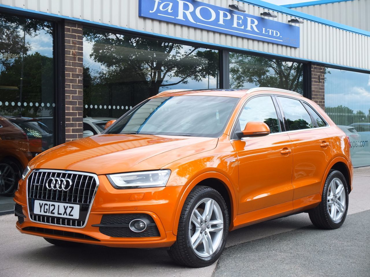 Audi Q3 2.0T FSI quattro S Line S Tronic 211ps Estate Petrol Samoa Orange MetallicAudi Q3 2.0T FSI quattro S Line S Tronic 211ps Estate Petrol Samoa Orange Metallic at fa Roper Ltd Bradford
