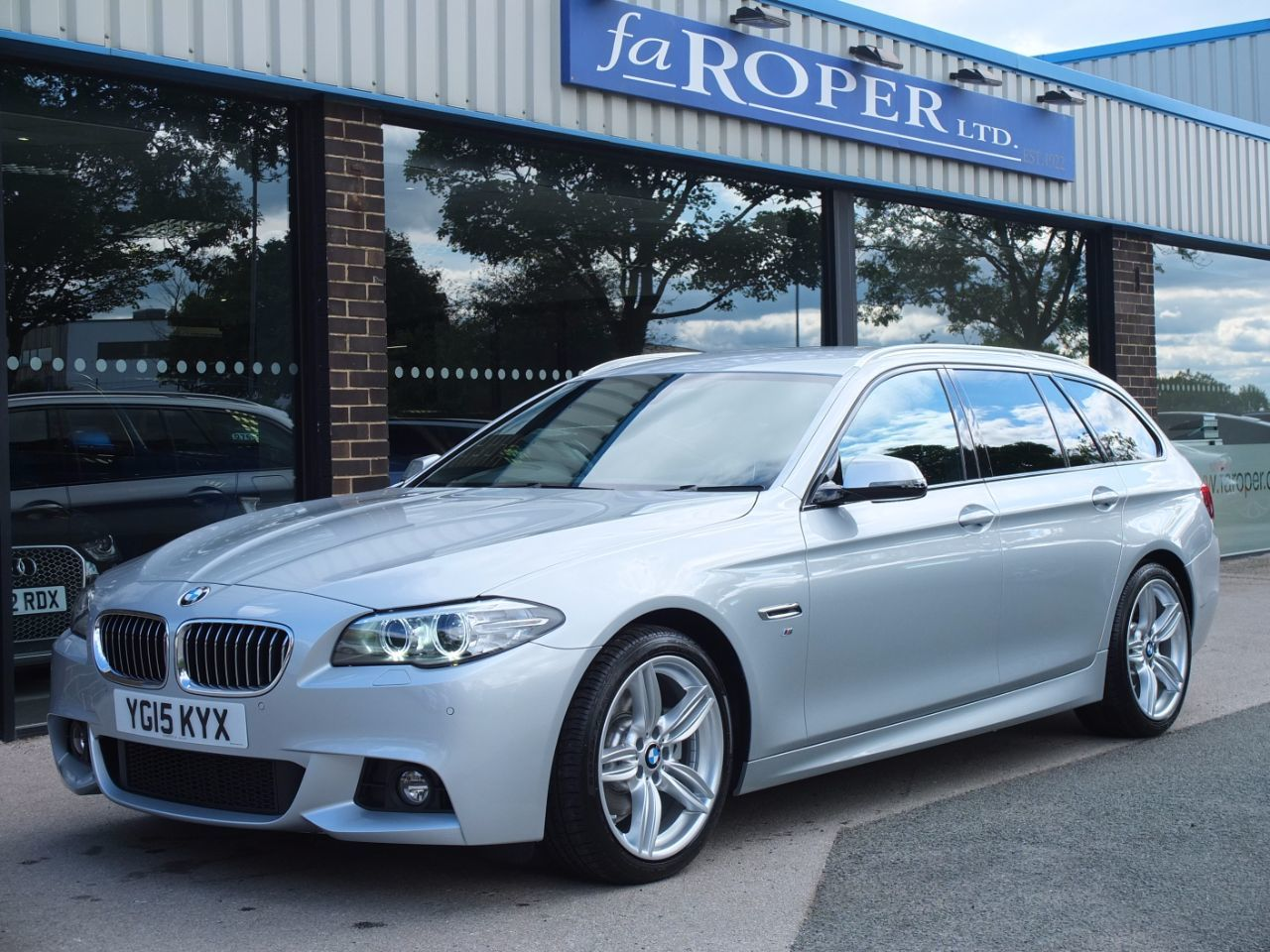 second hand bmw 5 series 520d 190ps m sport touring auto spec for sale in bradford west. Black Bedroom Furniture Sets. Home Design Ideas