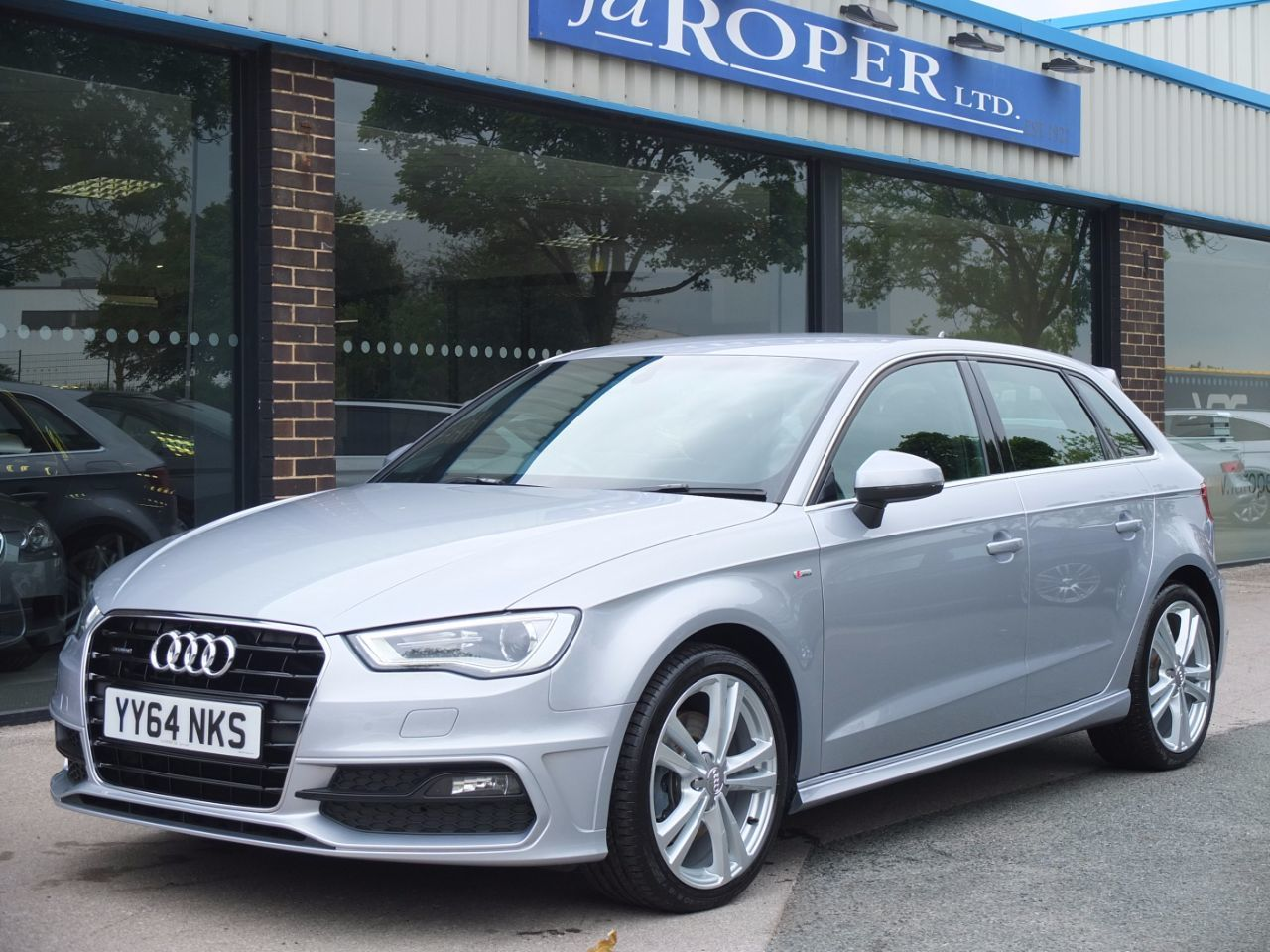 second hand audi a3 sportback 2 0 tdi quattro s line s tronic 184ps for sale in bradford west. Black Bedroom Furniture Sets. Home Design Ideas