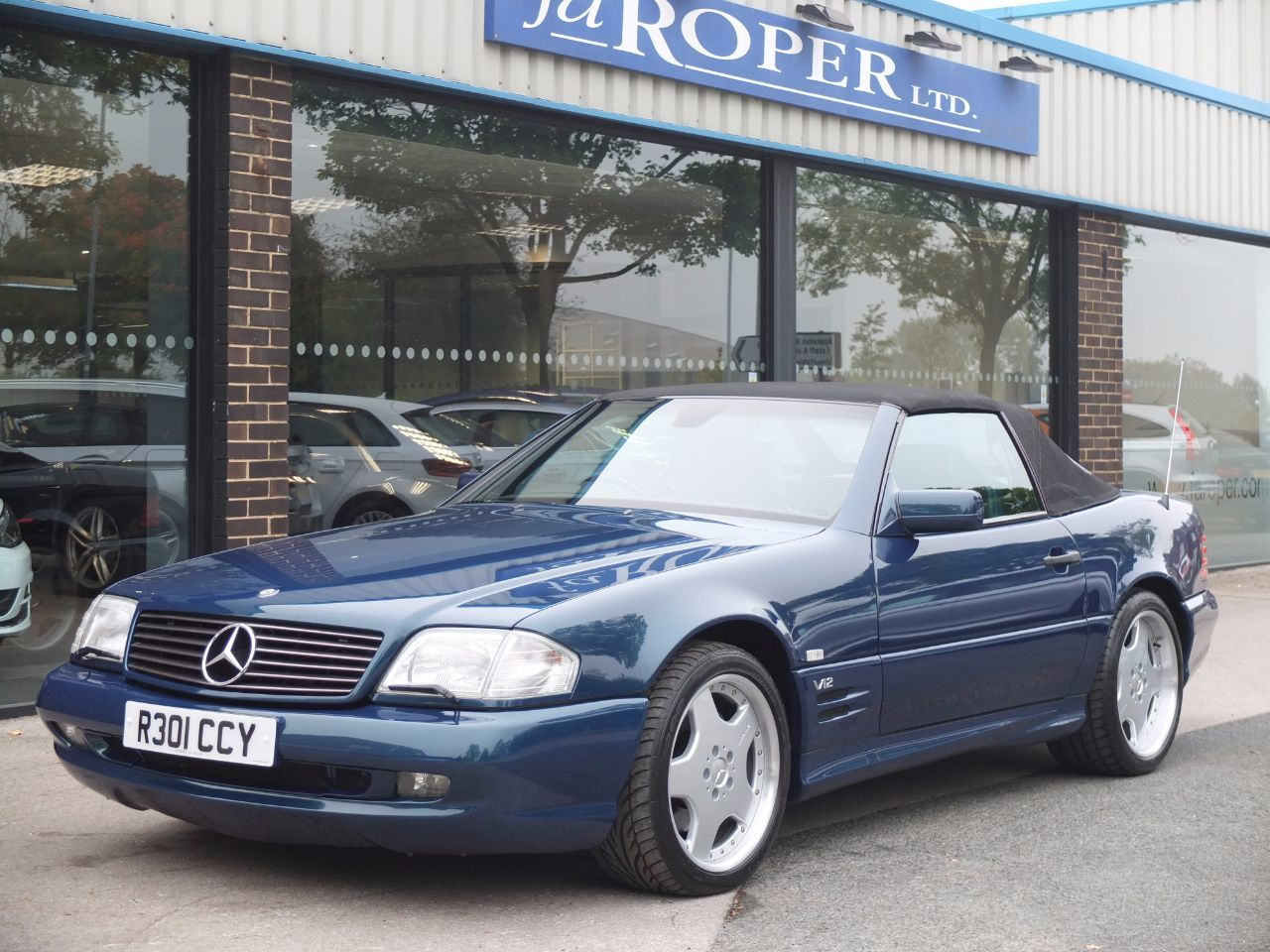 Mercedes-Benz 600 6.0 SL 600 AUTO Convertible Petrol Designo Vario Paint Finish