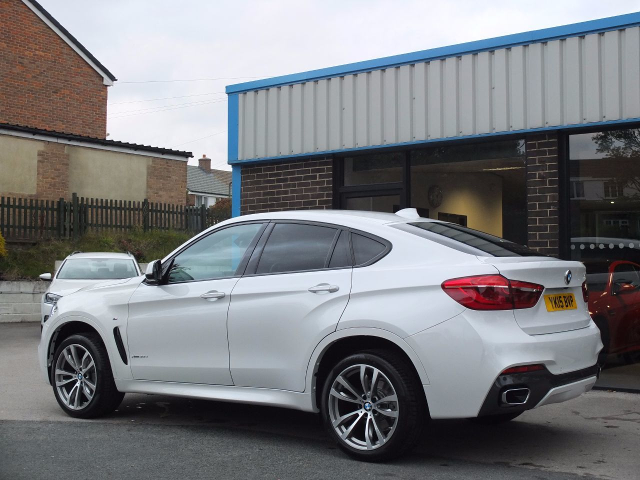 BMW X6 3.0 xDrive30d M Sport Step Auto Coupe Diesel Mineral White Metallic