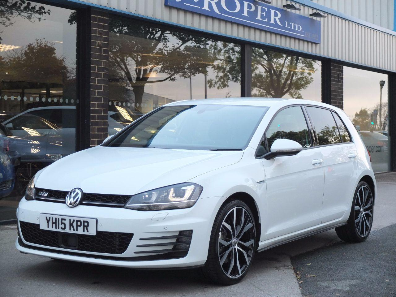 Volkswagen Golf 2.0 TDI GTD 184ps 5 door DSG Hatchback Diesel Pure WhiteVolkswagen Golf 2.0 TDI GTD 184ps 5 door DSG Hatchback Diesel Pure White at fa Roper Ltd Bradford