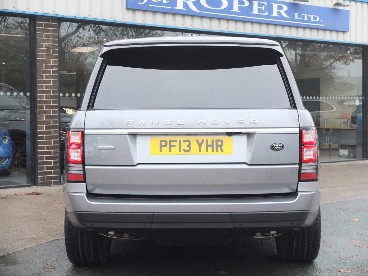 Land Rover Range Rover 4.4 SDV8 Vogue SE Auto (Rear Seat Entertainment, Pan Roof +++) Estate Diesel Orkney Grey Metallic