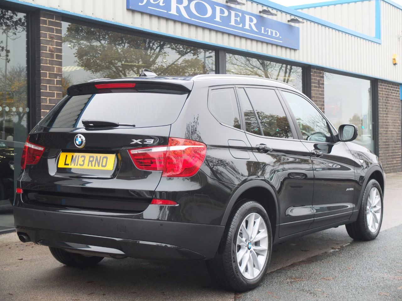 BMW X3 2.0 xDrive20d SE Auto (Pro Media) Estate Diesel Black Sapphire Metallic