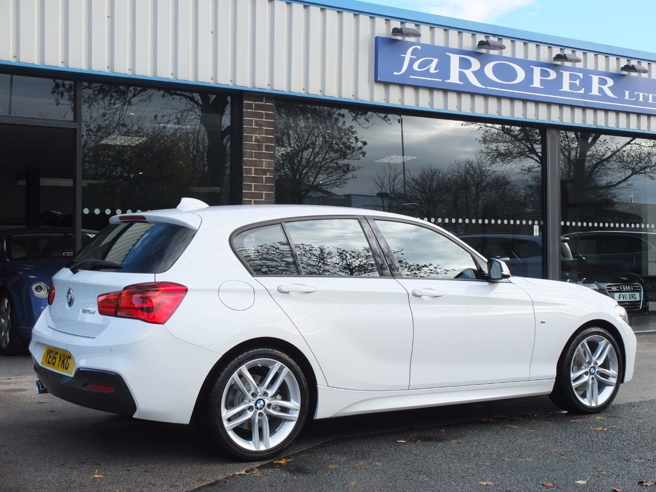 BMW 1 Series 2.0 125d M Sport 5 Door Auto New Model (Pro Media, Leather) Hatchback Diesel Alpine White