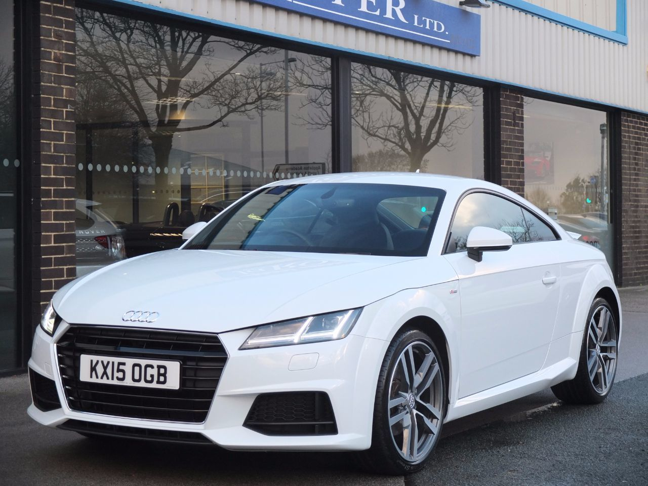 second hand audi tt coupe 2 0 tdi ultra s line virtual. Black Bedroom Furniture Sets. Home Design Ideas