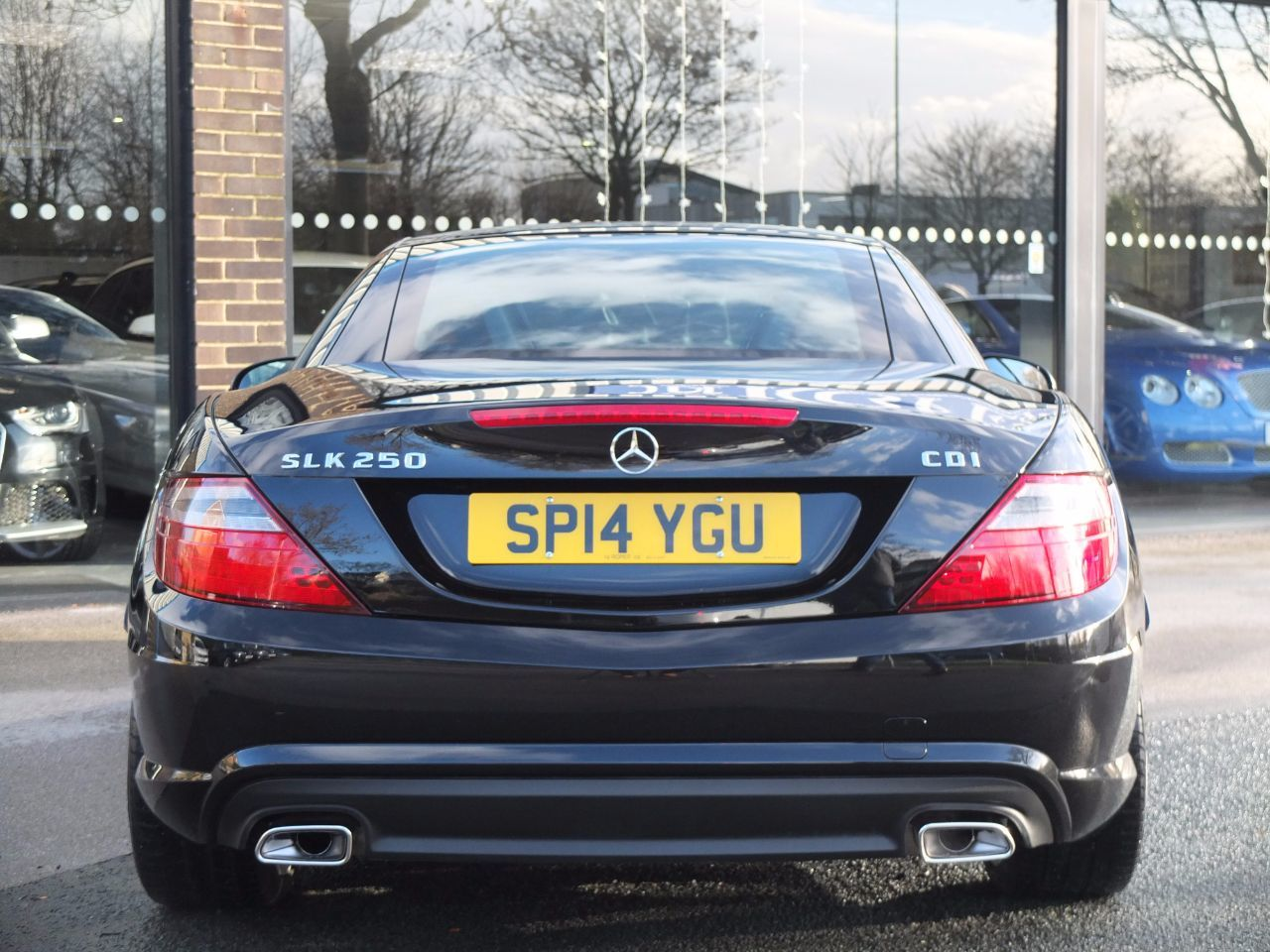 Mercedes-Benz SLK 2.1 SLK 250 CDI BlueEFFICIENCY AMG Sport 7G-Tronic Plus Auto Convertible Diesel Obsidian Black Metallic