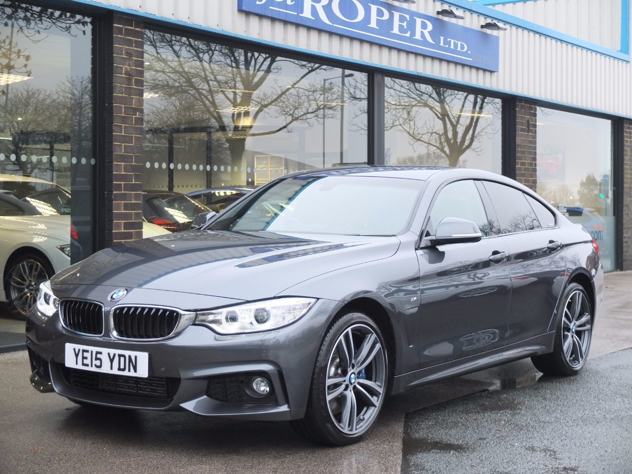 BMW 4 Series 3.0 Gran Coupe 435d xDrive M Sport Auto (M Sport Plus and Media) Coupe Diesel Mineral Grey MetallicBMW 4 Series 3.0 Gran Coupe 435d xDrive M Sport Auto (M Sport Plus and Media) Coupe Diesel Mineral Grey Metallic at fa Roper Ltd Bradford