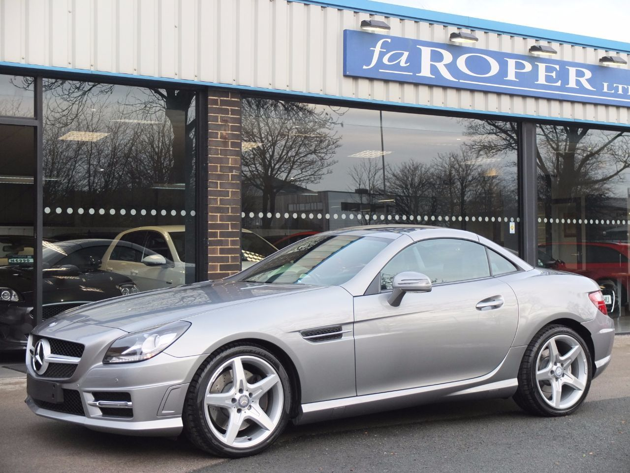Mercedes-Benz SLK 2.1 SLK 250 CDI BlueEFFICIENCY AMG Sport Auto Convertible Diesel Palladium Silver Metallic