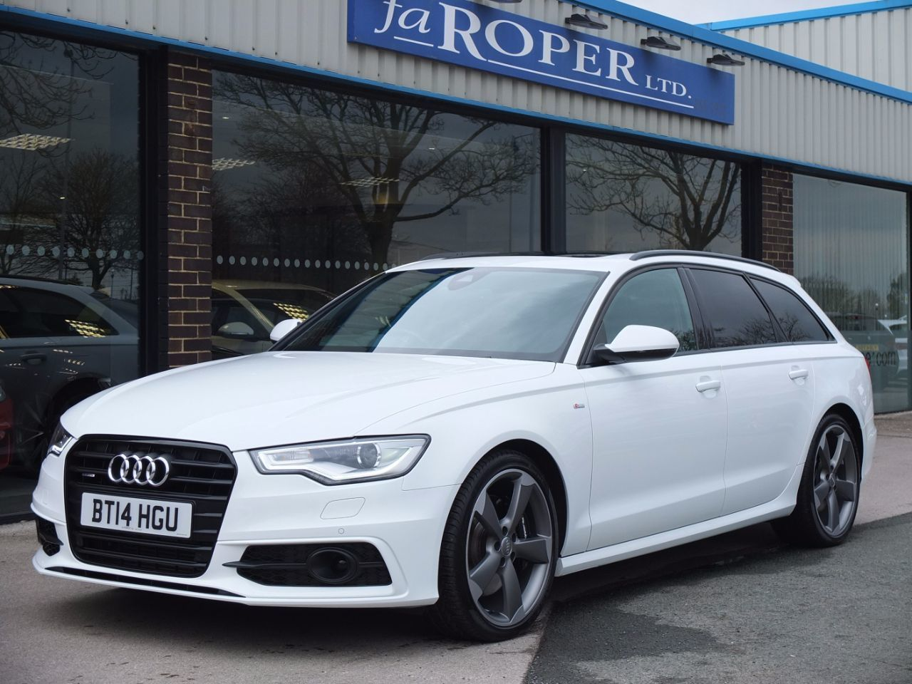 Audi A6 Avant 3.0 BiTDI quattro Black Edition Tiptronic 313ps Estate Diesel Ibis WhiteAudi A6 Avant 3.0 BiTDI quattro Black Edition Tiptronic 313ps Estate Diesel Ibis White at fa Roper Ltd Bradford