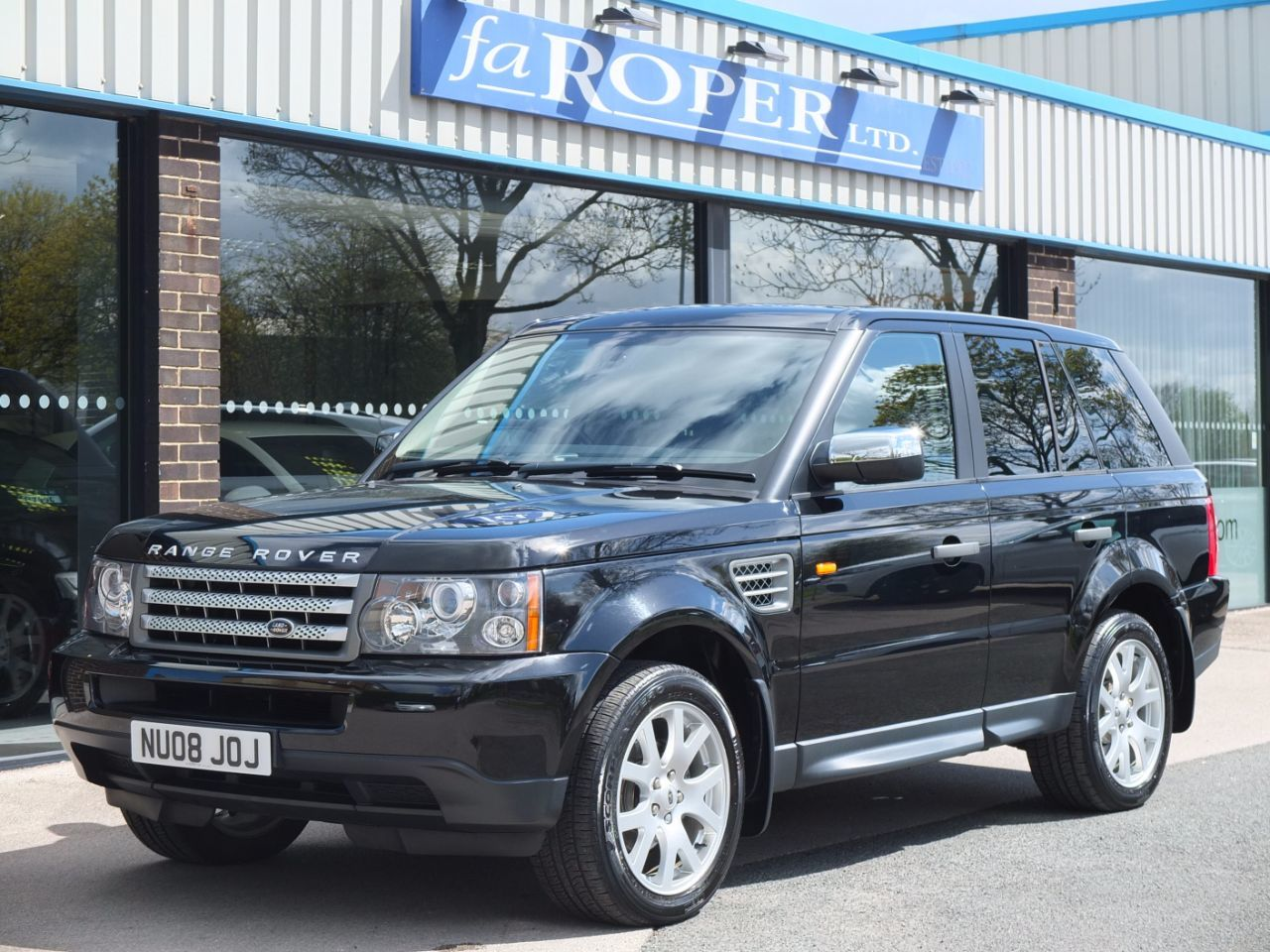 Land Rover Range Rover Sport 2.7 TDV6 XS Edition Auto Estate Diesel Java Black MetallicLand Rover Range Rover Sport 2.7 TDV6 XS Edition Auto Estate Diesel Java Black Metallic at fa Roper Ltd Bradford