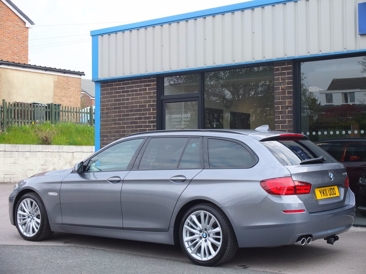 BMW 5 Series 3.0 525d SE Touring Auto (Media and Dynamic Packs) +++Spec Estate Diesel Space Grey Metallic