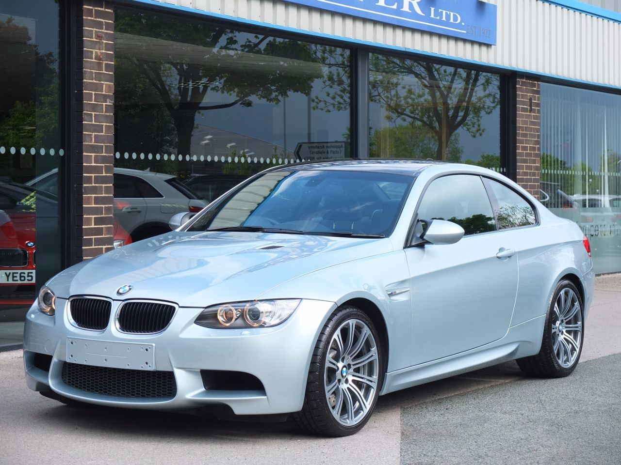BMW M3 M3 4.0 V8 Coupe DCT Coupe Petrol Silverstone Ii Metallic