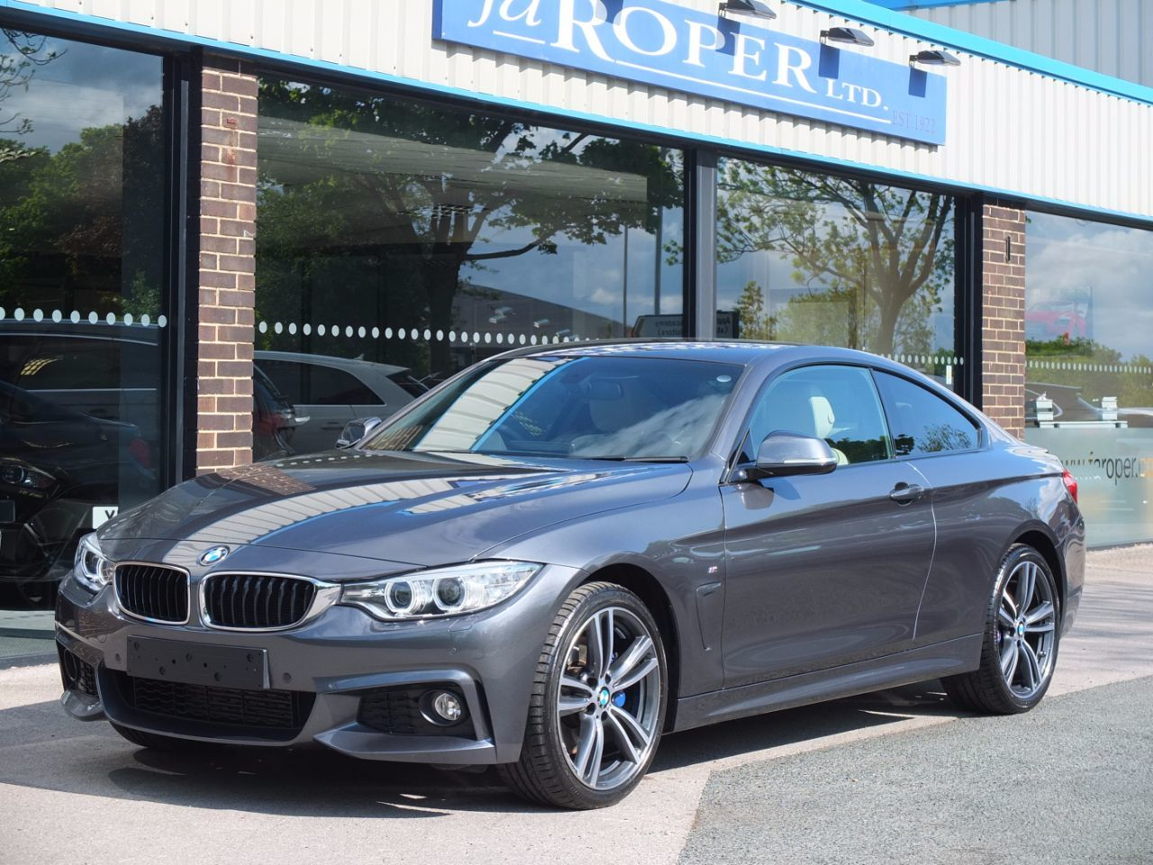BMW 4 Series 2.0 420d xDrive M Sport Auto (M Sport Plus) Coupe Diesel Mineral Grey MetallicBMW 4 Series 2.0 420d xDrive M Sport Auto (M Sport Plus) Coupe Diesel Mineral Grey Metallic at fa Roper Ltd Bradford