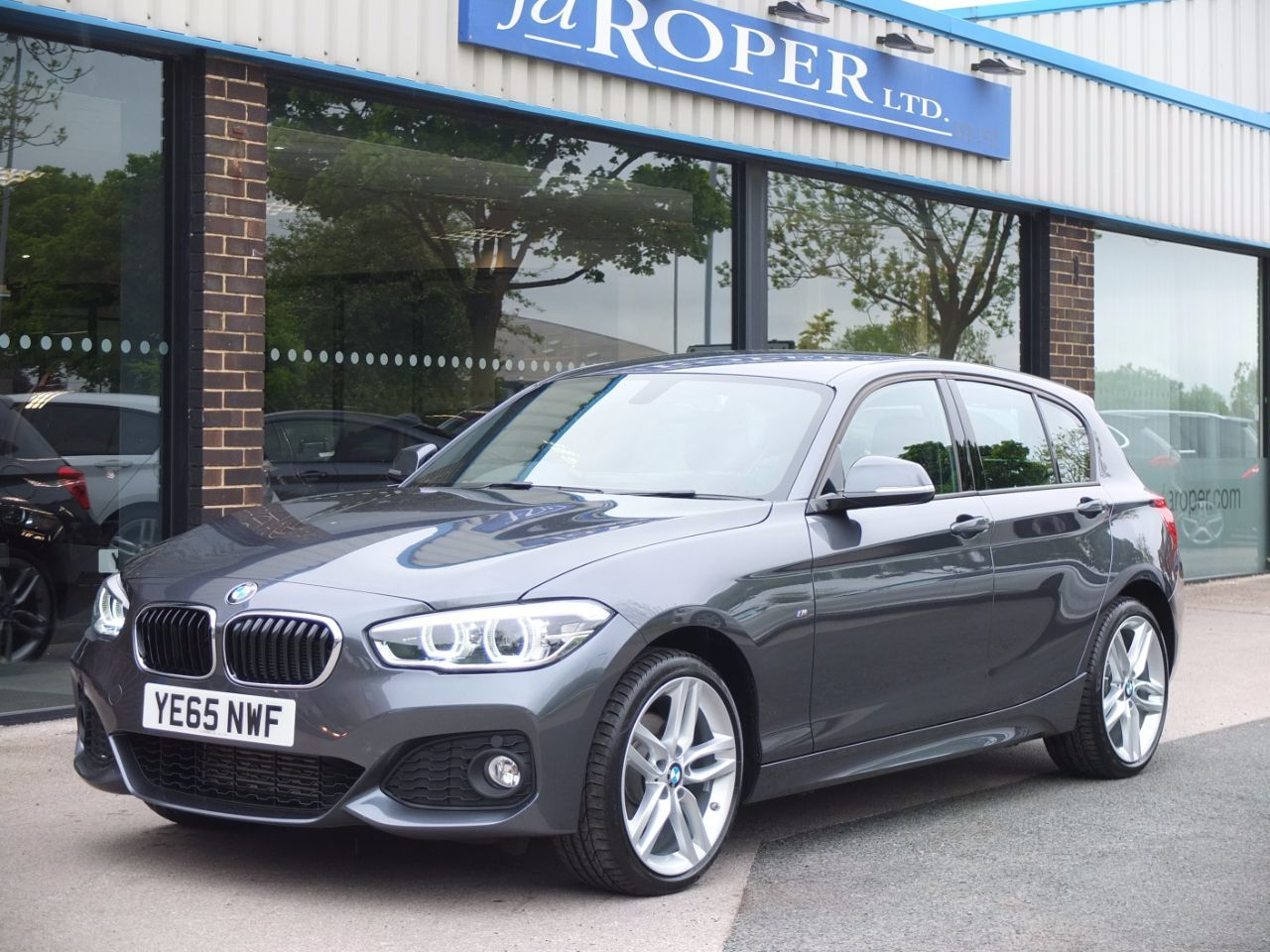 second hand bmw 1 series 120d xdrive m sport auto 5 door for sale in bradford west yorkshire. Black Bedroom Furniture Sets. Home Design Ideas