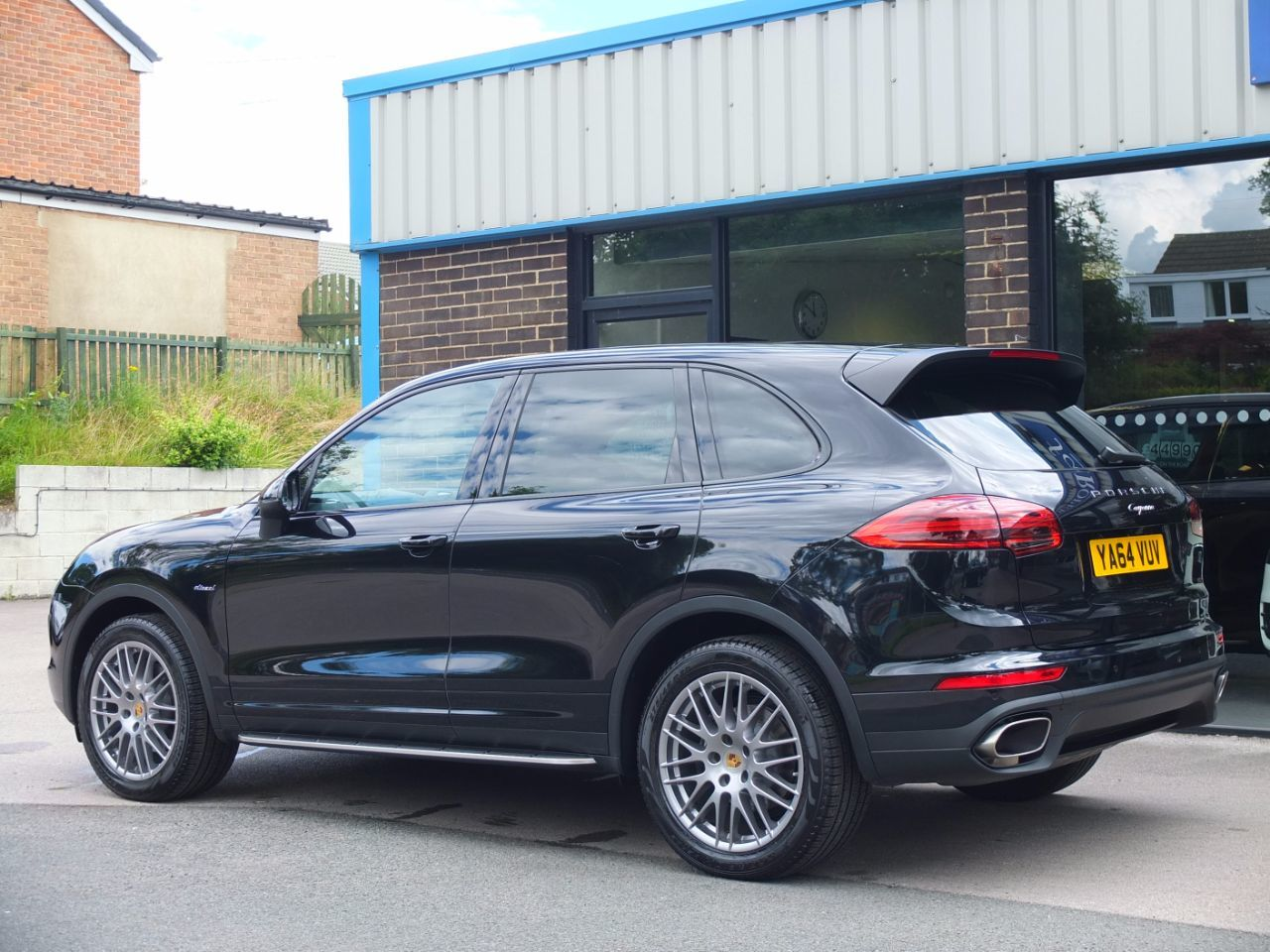 used porsche cayenne 3 0 diesel tiptronic s facelift model panoramic roof spec for sale in. Black Bedroom Furniture Sets. Home Design Ideas