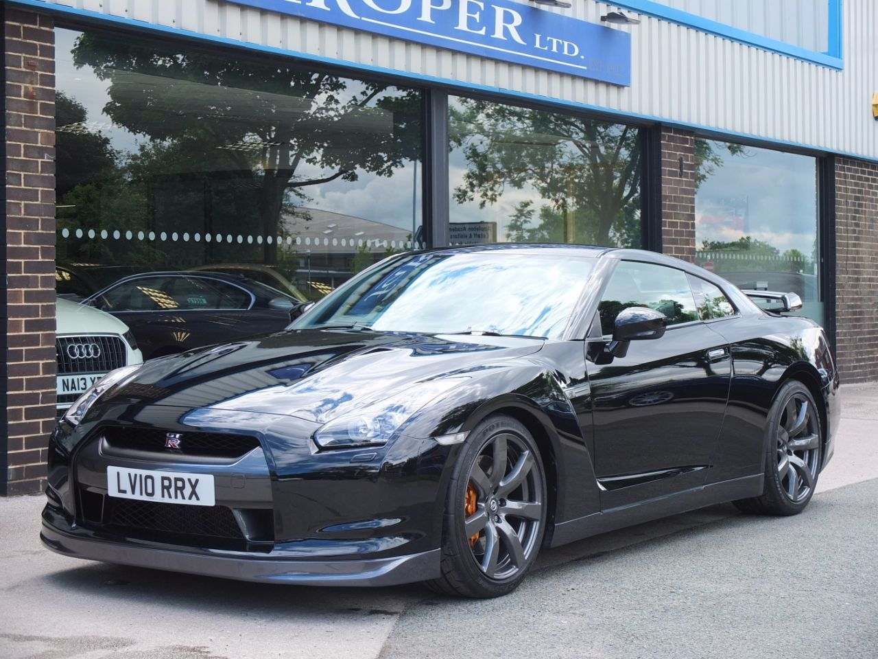 Nissan GT-R 3.8 Black Edition (Litchfield Stage 1) Coupe Petrol Black Pearl