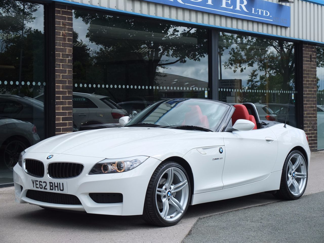second hand bmw z4 20i sdrive m sport automatic for sale in bradford west yorkshire fa roper ltd. Black Bedroom Furniture Sets. Home Design Ideas