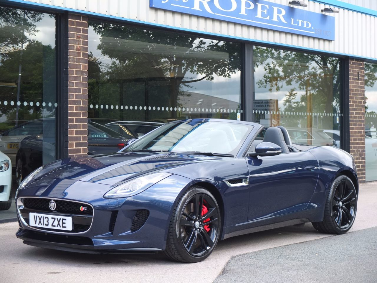 Jaguar F-type Convertible 3.0 Supercharged V6 S Quickshift Auto 380ps +++Spec Convertible Petrol Indigo Blue PearlescentJaguar F-type Convertible 3.0 Supercharged V6 S Quickshift Auto 380ps +++Spec Convertible Petrol Indigo Blue Pearlescent at fa Roper Ltd Bradford