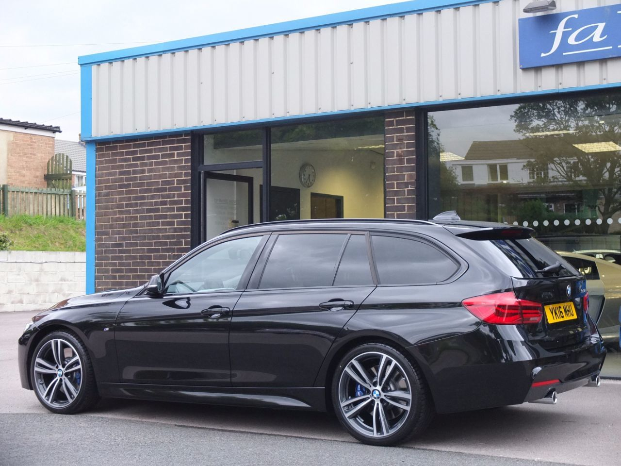 second hand bmw 3 series 340i m sport plus pack touring auto for sale in bradford west. Black Bedroom Furniture Sets. Home Design Ideas