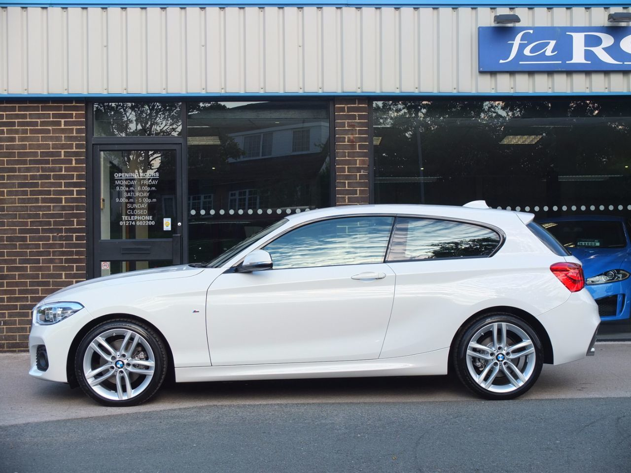 BMW 1 Series 2.0 125d M Sport 3 door Auto +++Spec Hatchback Diesel Alpine White